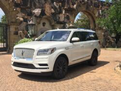 Premium SUV Review: Lincoln Navigator